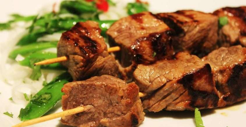 Marinated Cubed Beef with Lime Sauce (Cambodian)