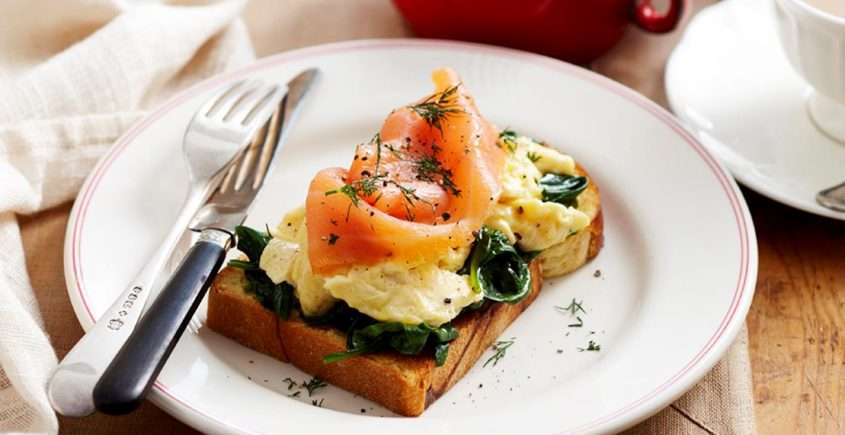 Spinach and Egg Scramble